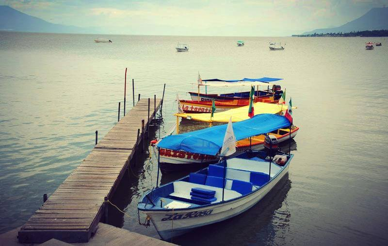 Chapala boats