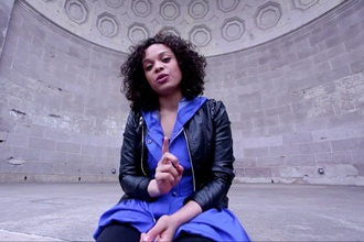<p>Michelle Beck performs Shakespeare's Sonnet 8 as part of the Sonnet Project, bringing the Bard's poems to the streets of New York City and beyond.</p>