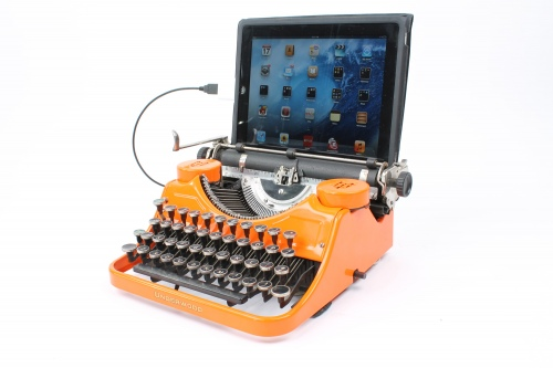 9. Underwood USB Typewriter